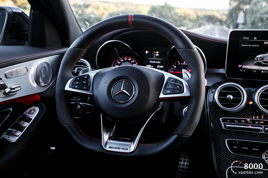 Mercedes C63 AMG S - 8000vueltas-35