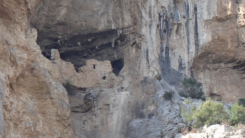 sinec canyon, very old home