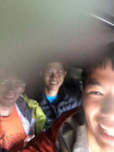 トゥクトゥクに4人で乗り込んだ