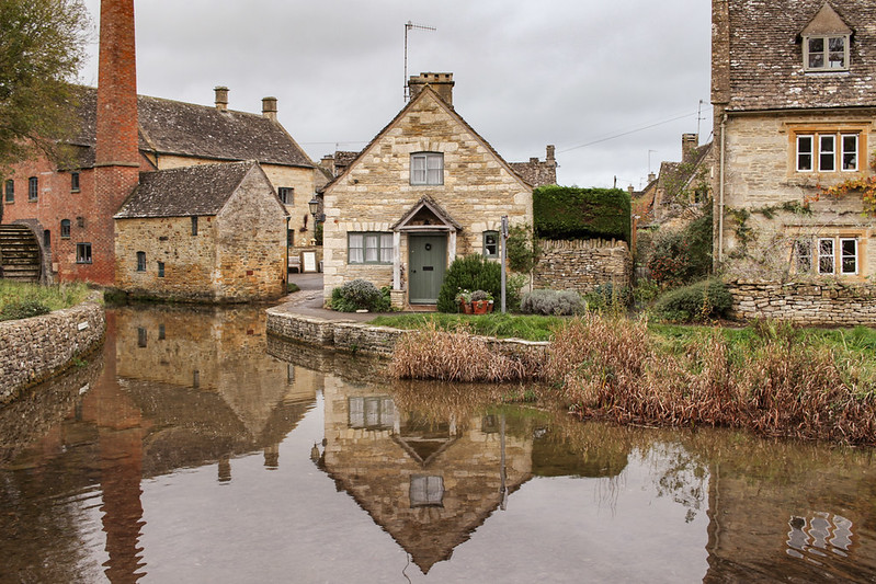 Upper and Lower Slaughter