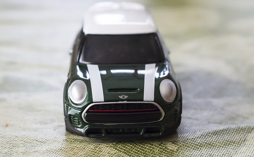TOMICA MINI JOHN COOPER WORKS_03