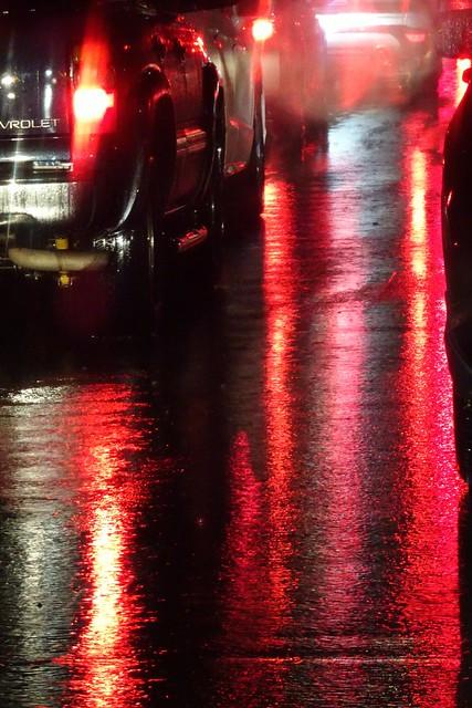 Wet Street, Sony DSC-HX90V, Sony 24-720mm F3.5-6.4