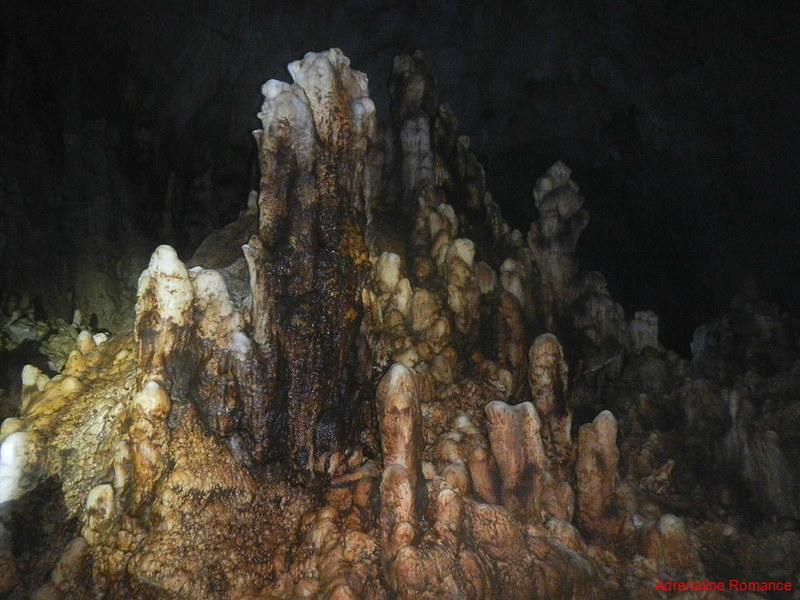 Naturally dying stalagmites