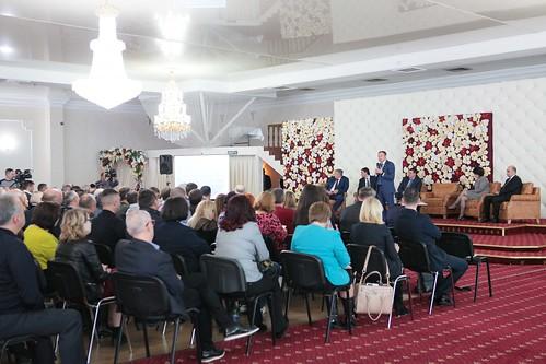 13.11.2017 Președintele Parlamentului Andrian Candu, în discuție cu oamenii de afaceri din Regiunea Nord a țării