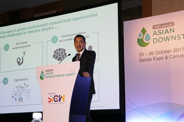 M Yusri M Yusof, VP, Refining & Trading, PETRONAS presenting on the market outlook & opportunities for Asian Refining & Petrochemicals Producers