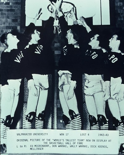 """In honor of Valpo Men's Basketball returning to the court for exhibition play against Robert Morris tonight, we wanted to throw it back to when we were the """"World's Tallest Team"""" in the 1942–1943 season! We may not be the world's tallest team anymore, but"""