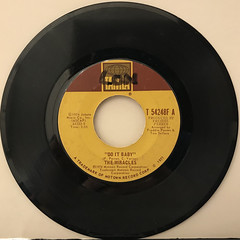 THE MIRACLES:DO IT BABY(RECORD SIDE-A)