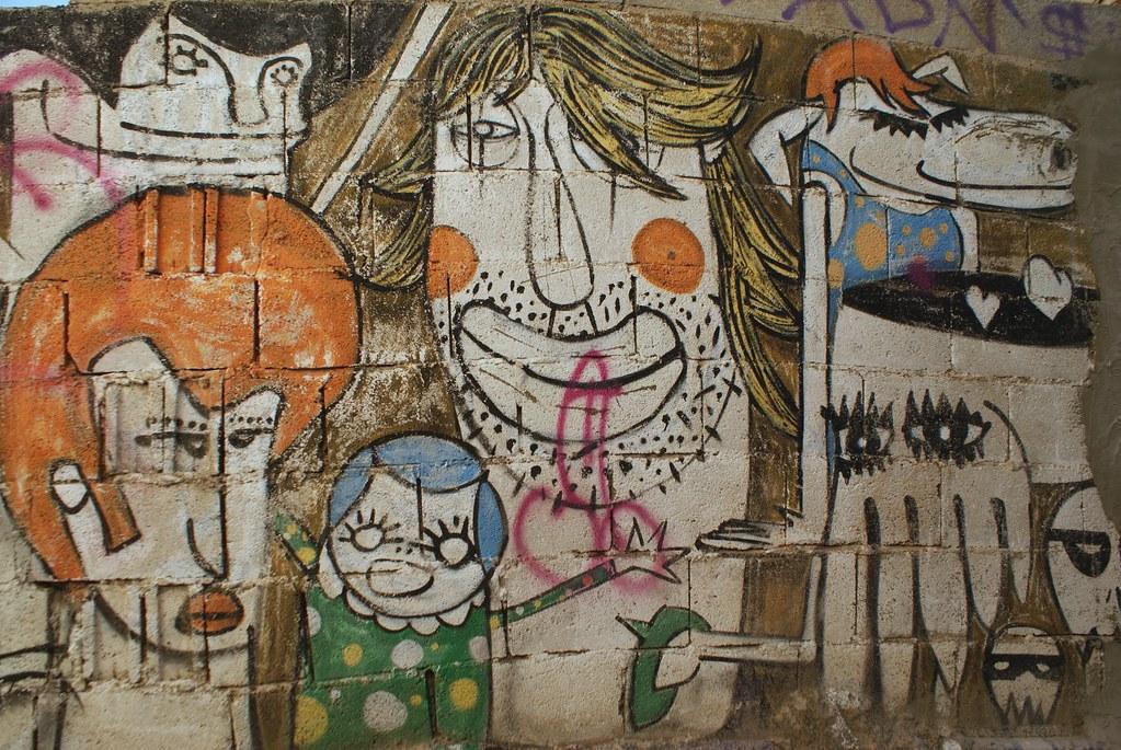 Street art à Grenade, repère de hippies depuis les années 60.