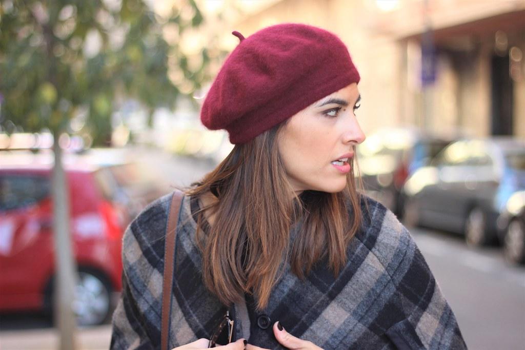 Beret_ Rojo Valentino Blog (23)