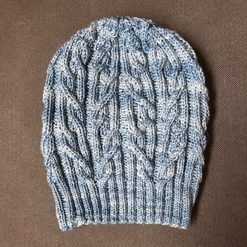 Tied knots hat