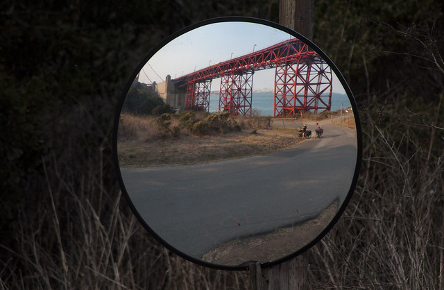 Golden Gate miror