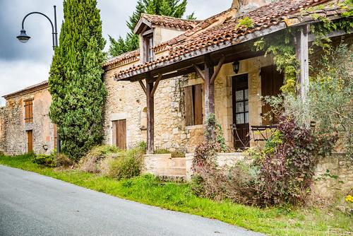 34-La Salvetat village