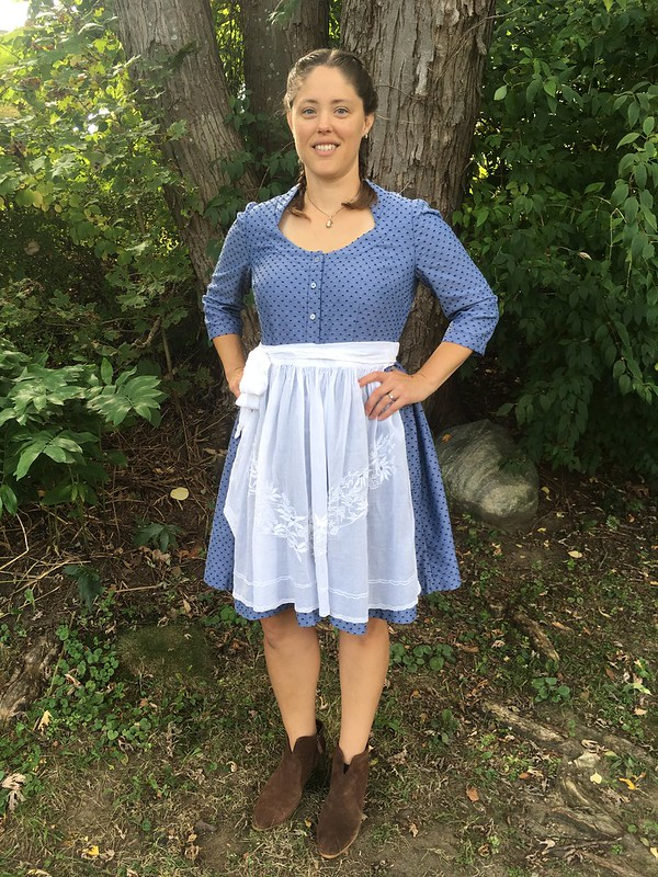 Dirndl time with Burda Style 7084