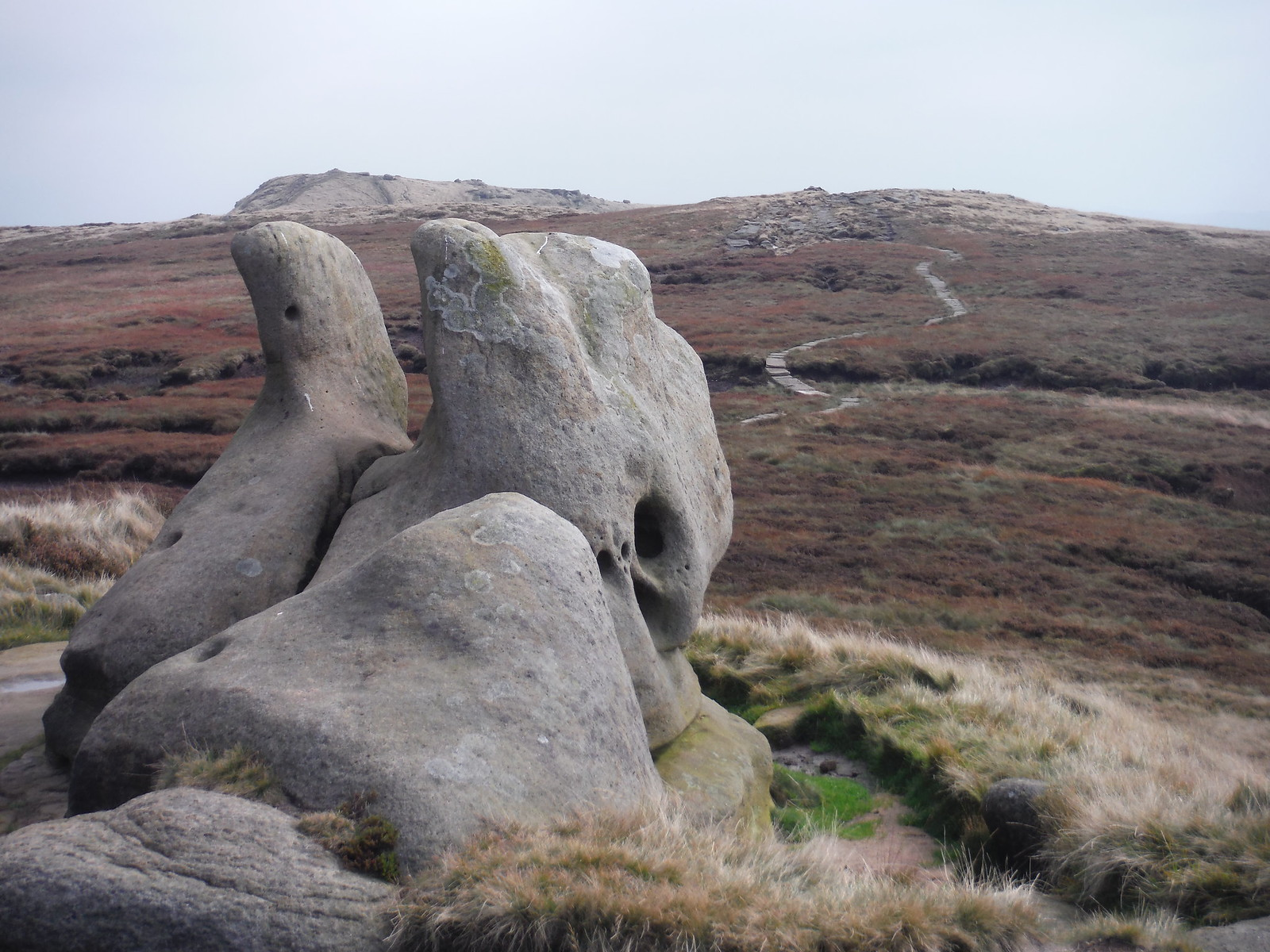 Henry Moore was here, Kinder Scout SWC Walk 303 - Edale Circular (via Kinder Scout and Mam Tor)