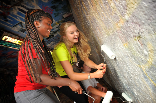 Students whitewash the Free Expression Tunnel in preparation for Respect The Pack.