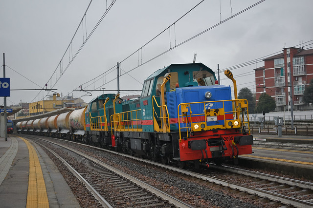 D146.2005 + D146.2010 MIR MRV 50612 Verzuolo - Massa Zona Industriale