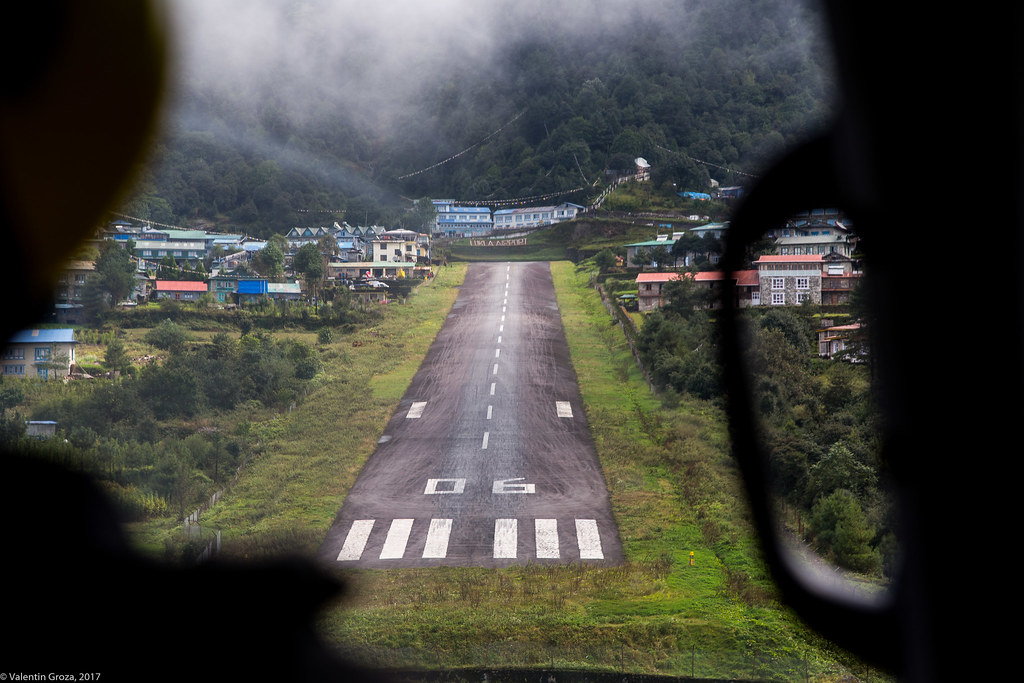 helicopter to Lukla 07