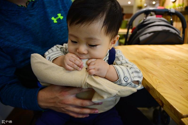 頭型枕mimos頭型枕cani嬰兒顧頭型枕頭防扁頭嬰兒枕cani枕頭cani air wave枕頭價格 (41)