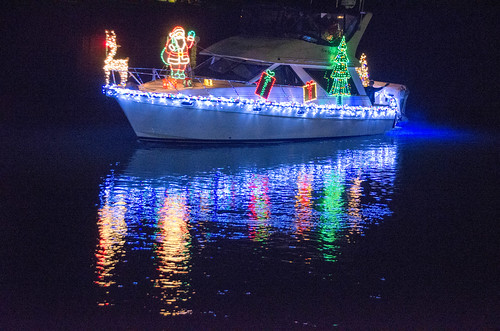 La Conner Lighted Boat Parade-039