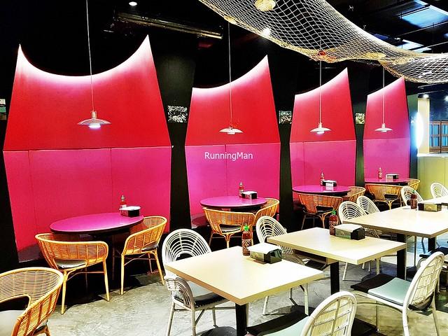 Plush Booths