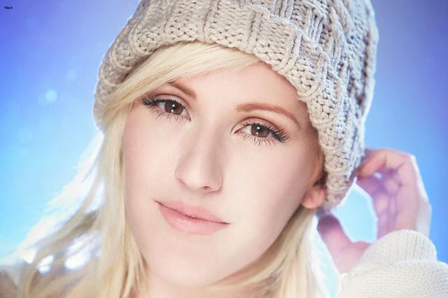 ترجمه و بررسی آهنگ Lights از Ellie Goulding