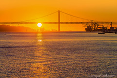 Sunset in Lisbon by campofant
