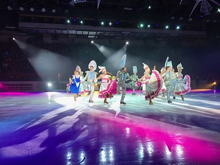 Be Our Guest - Disney On Ice: Follow Your Heart