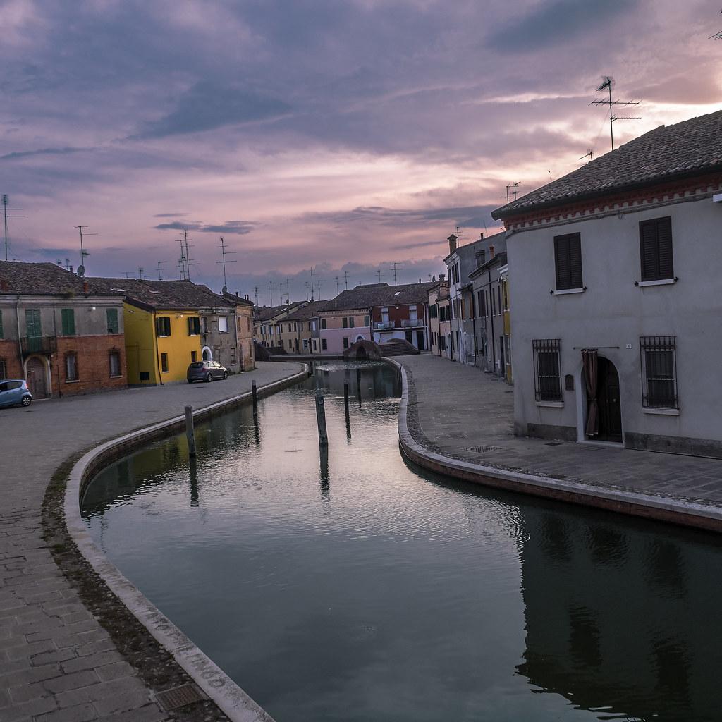 Centro commerciale le valli ferrara italy tripcarta - Bagno levante porto garibaldi ...