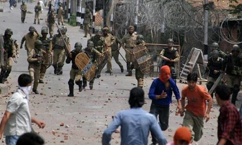 Indian Troops Use Force on Students, Protester IOK