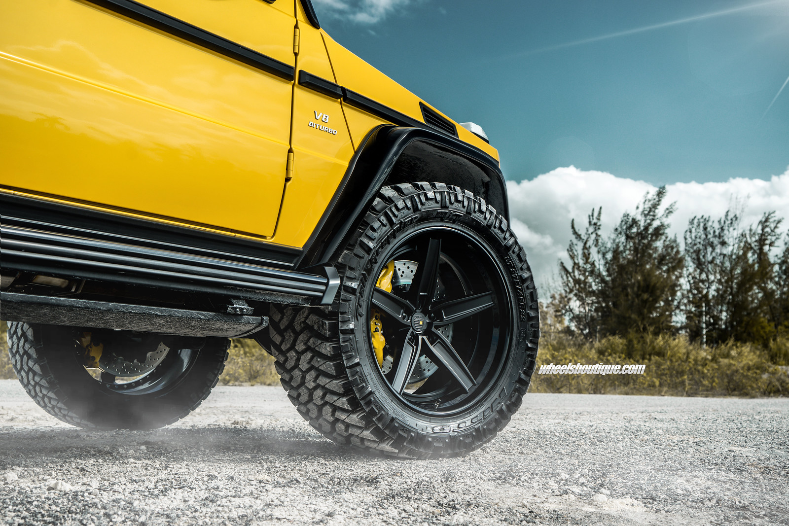 Fully Loaded Lifted Schoolbus - Mercedes G63 AMG With The