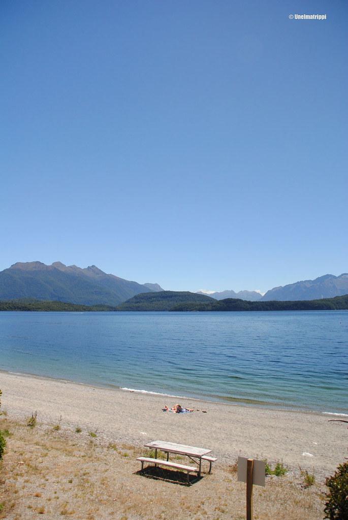 Järvimaisema matkalla Invercargillistä Te Anauhun, Uusi-Seelanti