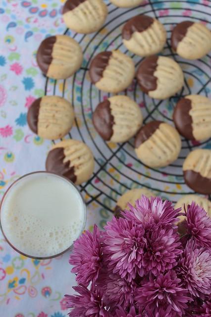 susamlı cevizli kurabiye 004