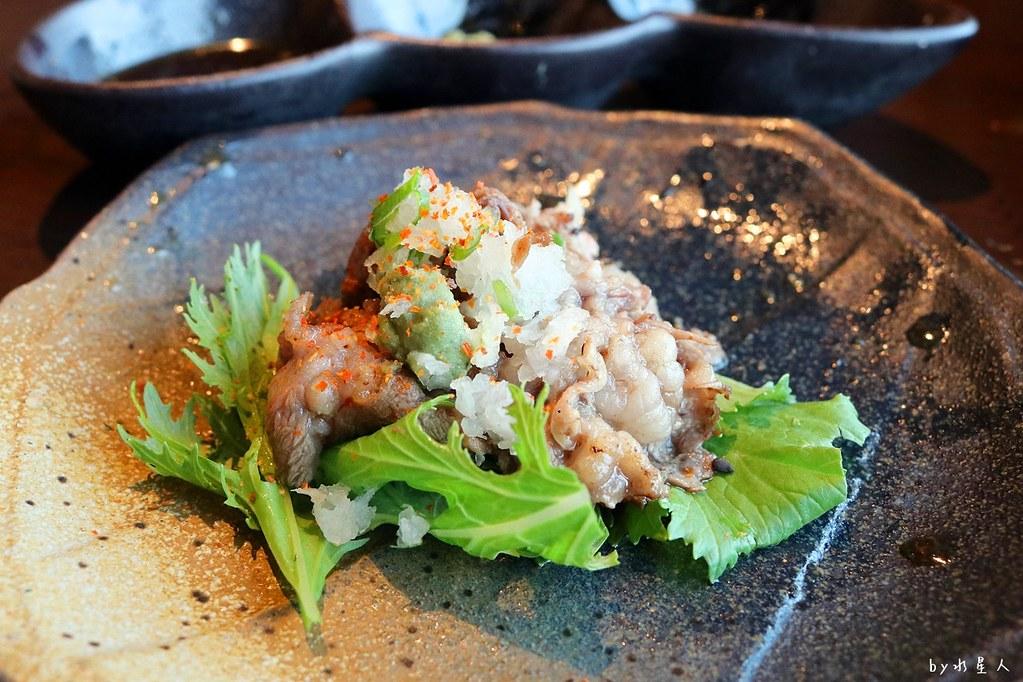 24511779598 fe6744a0f1 b - 熱血採訪|藍屋日本料理和風御膳,暖呼呼單人火鍋套餐,銷魂和牛安格斯牛肉鑄鐵燒