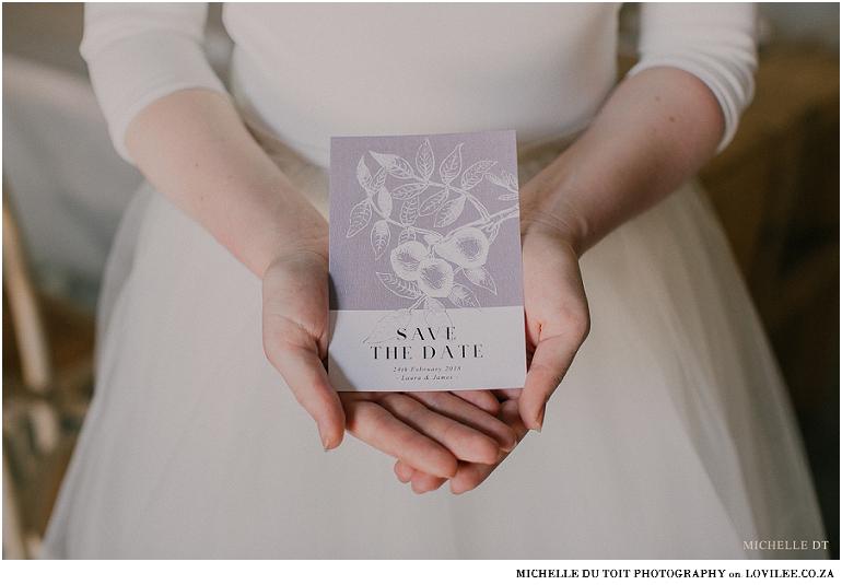 Minimalist wedding inspiration - Save the date