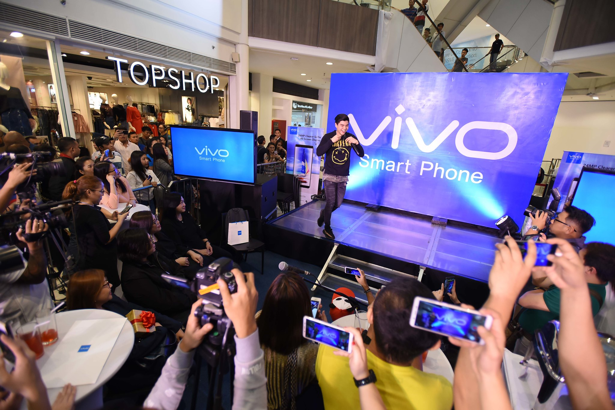 Tech News: Vivo and Robinsons Partnership