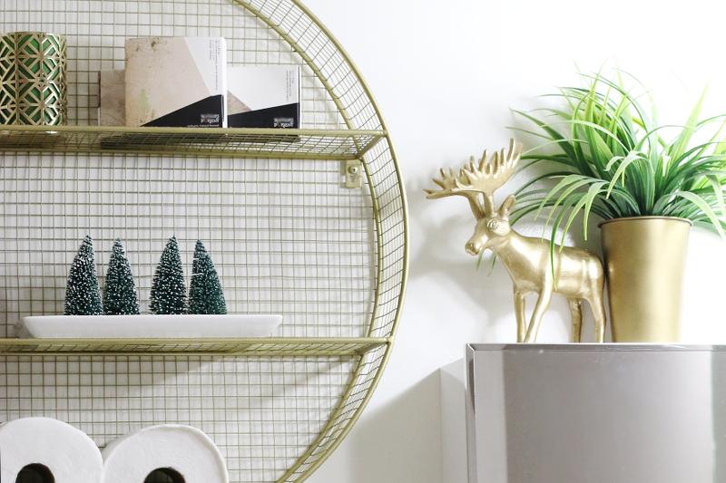 bathroom-decor-holiday-ornaments-3