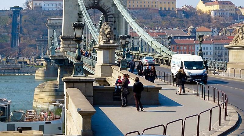 Budapest beautiful river Danube bridges