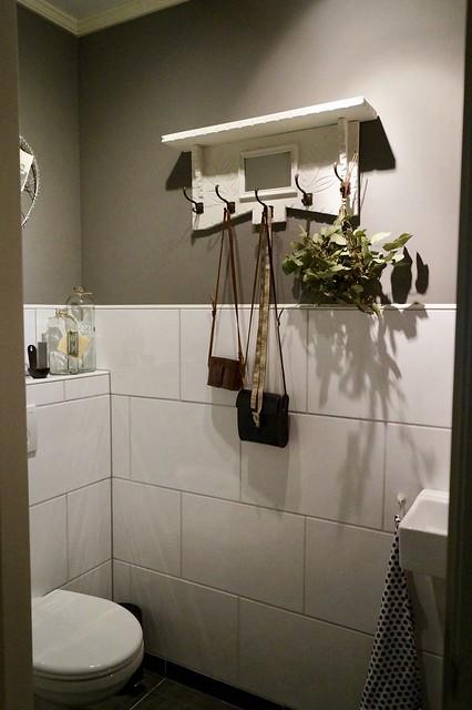 Kapstok toilet toef tasjes