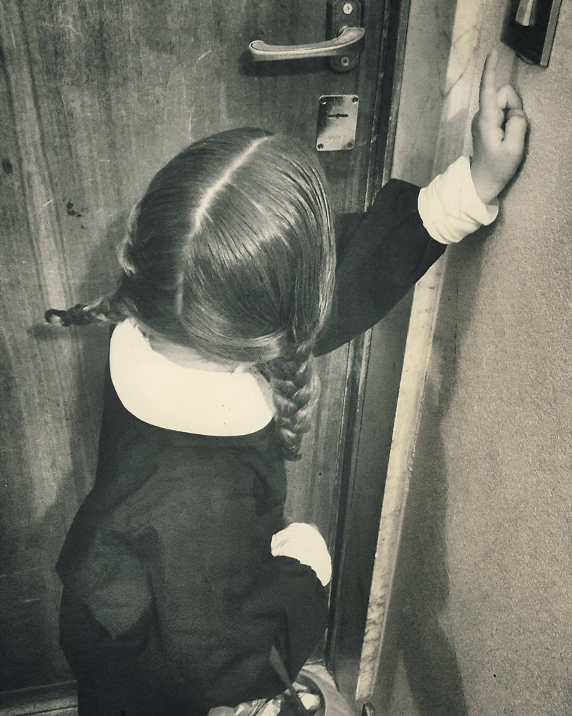Trick or treat #Halloween #costume #addamsfamily #mybabygirl #margherita #wednesdayaddams #fun #life #home #family #funny #retro #sepia #blackandwhite #vintage #igers #igersitalia #igersmilano #followme