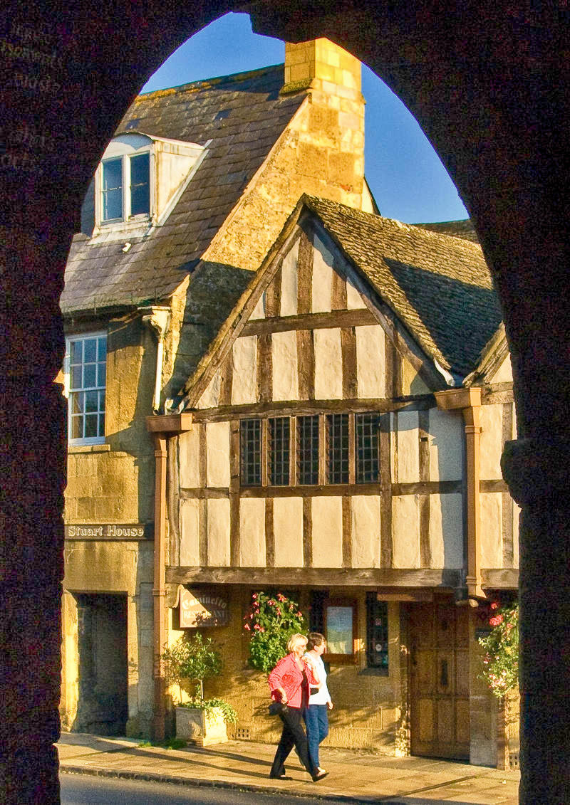 14th-17th century buildings in the High Street of Chipping Campden, Gloucestershire. Credit Anguskirk