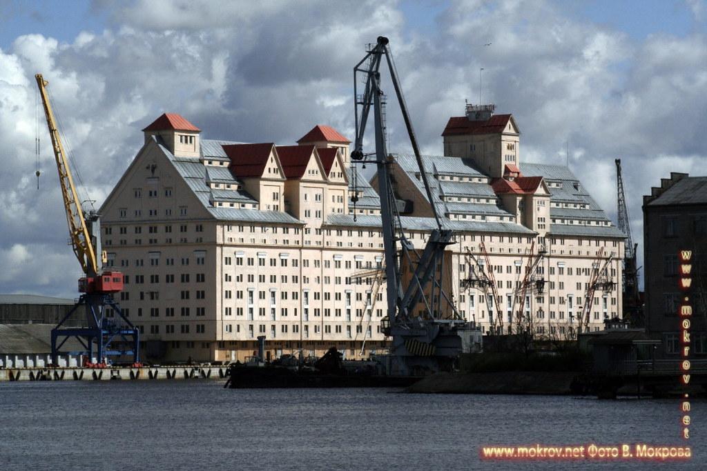 Сегодня Калининград - современный портовый город.