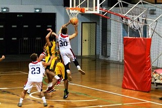 Noicattaro. Basket vs Bitonto front