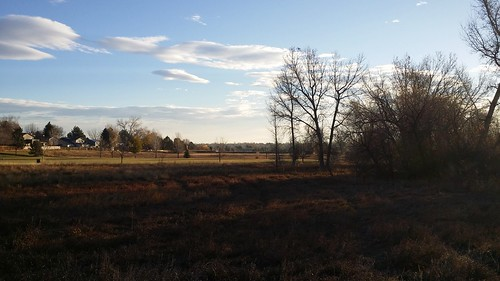 #tommw 34F scattered clouds. Calm