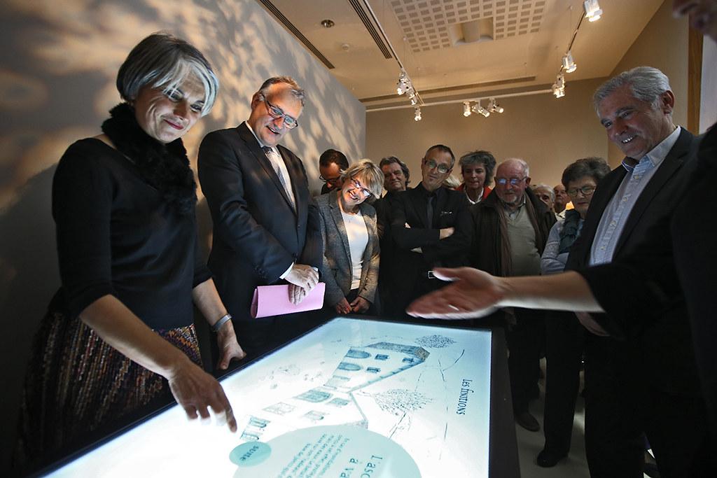 Inauguration de l'exposition ''Maisons landaises : histoire et traditions'' aux Archives départementales