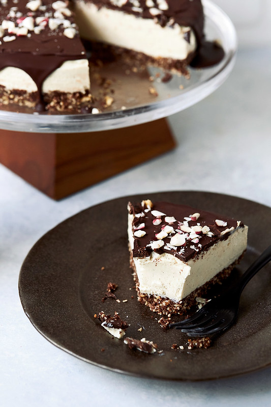 Dark Chocolate Peppermint Vegan Cheesecake