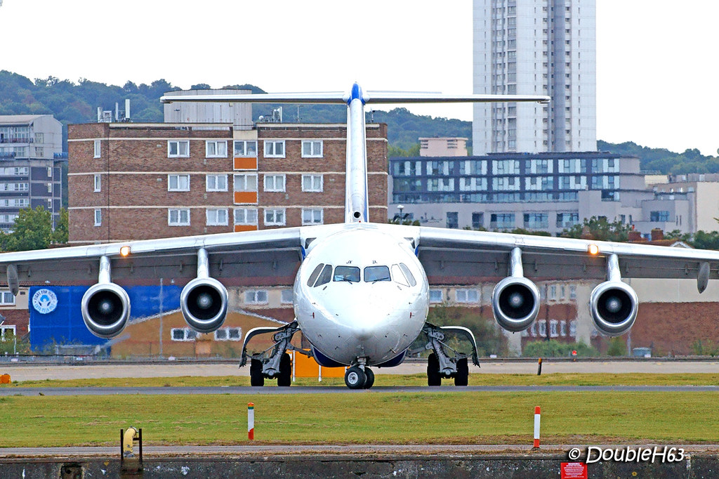 EI-RJX ARJ85 CityJet LCY