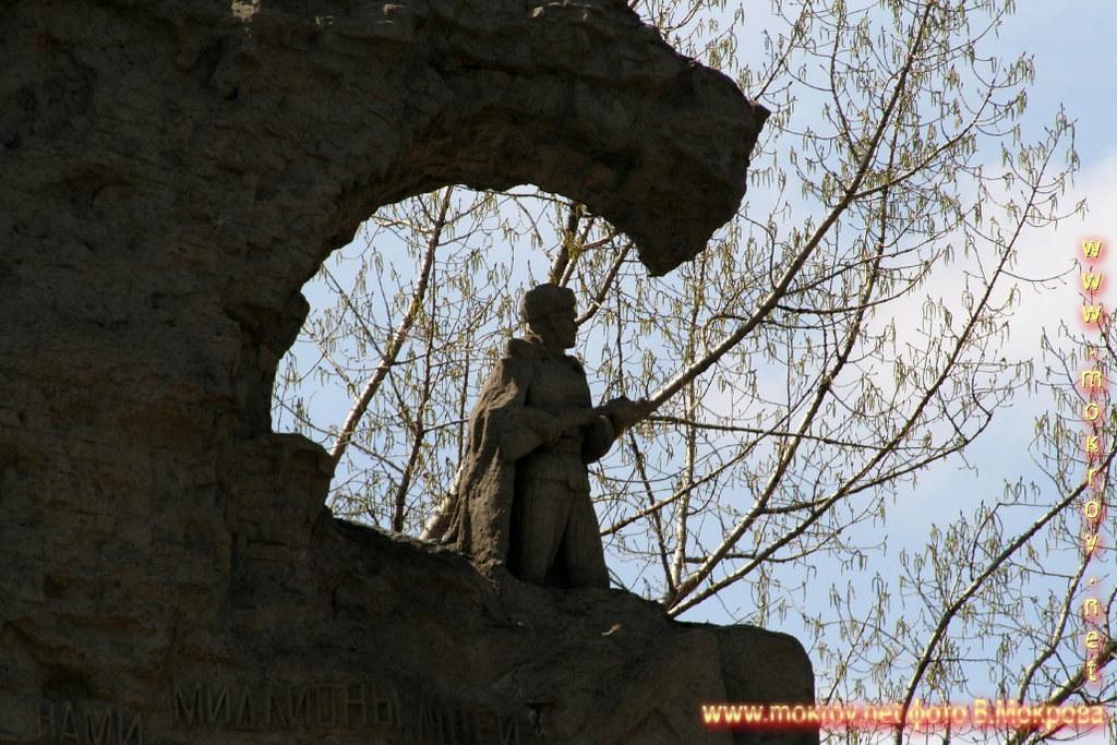Мамаев курган - Стены-руины г. Волгоград.