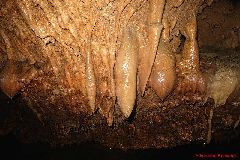 Cool rock formations in Maanghit Cave