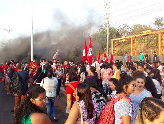 Demonstrators gather in Brazil protesting - Créditos: Elitiel Guedes