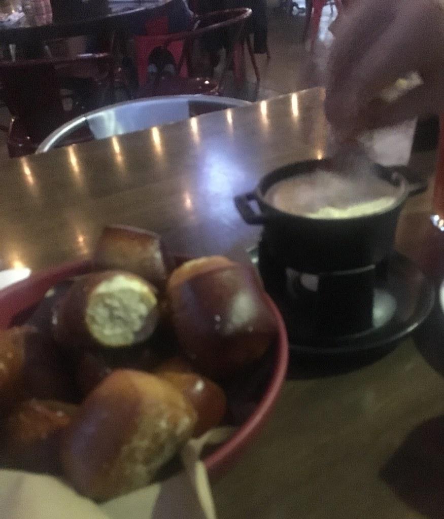 culinary_dropout_pretzelbites